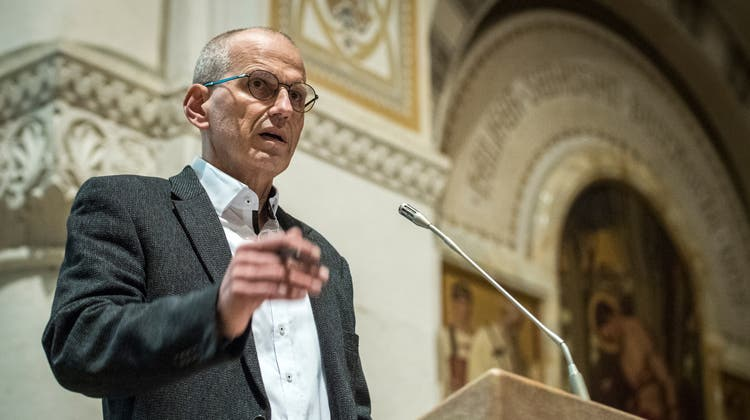 Gemeindepräsident Martin Haasrechtfertigte sich teilweise. (Reto Martin (26.11.2020))