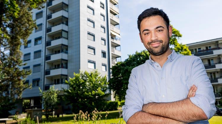 Der künftige Mieterverbands-Geschäftsleiter Adil Koller ist selber in Münchenstein in einem genossenschaftlichen Wohnblock aufgewachsen. (Kenneth Nars (16. Juni 2021))
