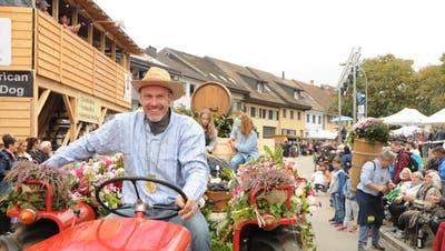 Winzer Rolf Knecht am letzten grossen DöttingerWinzerumzug vom6. Oktober 2019. (Bild: Philipp Zimmermann)