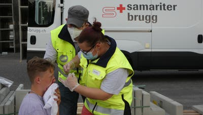 Die erste Übung seit der Pandemie zeigt: Die Brugger Samariter haben nichts verlernt. (Ina Wiedenmann)