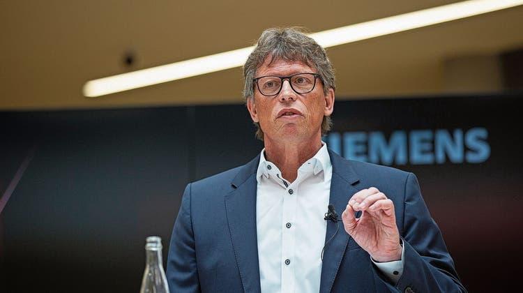 Matthias Rebellius, CEO von Siemens Smart Infrastructure, auf dem Campus in Zug. (Bild: Stefan Kaiser (8. März 2021))
