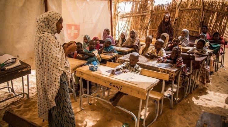 Der Kanton Basel-Stadt unterstützt 2021 ein Projekt des SOS-Kinderdorf in Niger mit 30'000 Franken: Damit sollen Kinder besser gefördert und ausgebildet werden. (zvg/SOS-Kinderdorf)