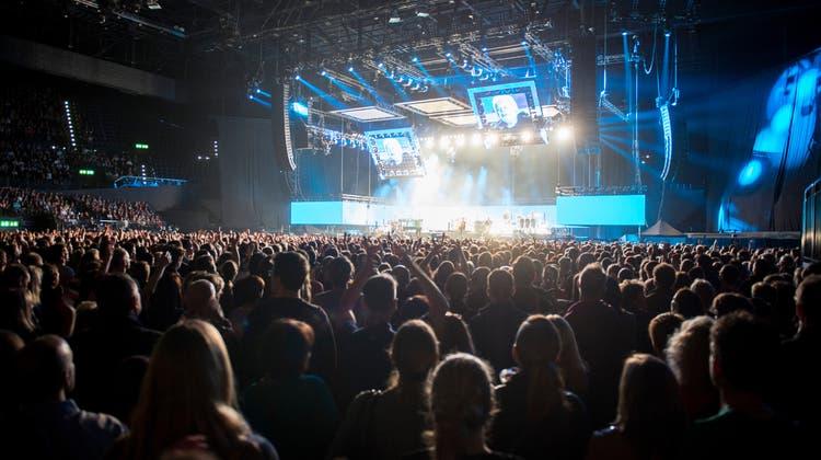 Ab Ende August dürften Veranstaltungen mit bis zu 10'000 Personen wieder möglich sein. (Keystone)