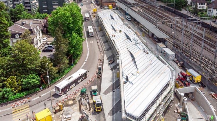 Am Bahnhof Wohlen wird ein neuer Bushof realisiert inklusiveneuer Tiefgarage. (Sandra Ardizzone (6. Juni 2021))