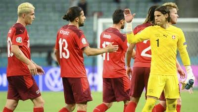 Nach dem 3:1-Sieg vom Sonntag gegen die Türkei zeigen sich die Schweizer Medien in Kommetnaren versöhnlich mit ihrem Nationalteam. (Keystone)