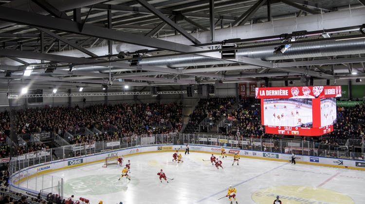 Während die Vaudoise Aréna gebaut wurde, trugen die Eishockeyaner des Lausanne HC im Patinoire de Malley 2.0 ihre Heimspiele aus. (Jean-Christophe Bott/Keystone)