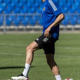 Jordi Quintillà bei seinem ersten Training im Joggeli. (Kefalas/Keystone)