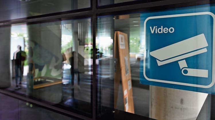 Um Vandale und Litterer schneller zu überführen:Stadtpräsident soll Überwachungsvideos sichten dürfen