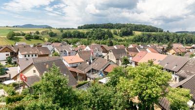 Der Gemeinderat Bözen und die Jury schlagen vor, den Buchgewinn von total 5,49 Millionen Franken zu verteilen. (Bild: Sandra Ardizzone(3. Juni 2020))