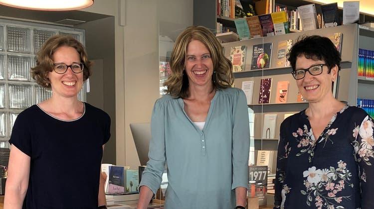 Ursina Boner, Ursi Huber und Claudia Imfeld (v.l., es fehlt Alina von Burg) freuen sich enorm. (Katja Schlegel / Aargauer Zeitung)