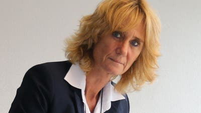 30. November 2019: Susanne Voser räumt als Gemeindeammann ihr Büro im Gemeindehaus von Neuenhof. (Bild: Melanie Bär)