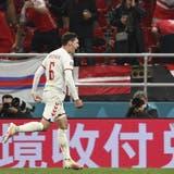 Chinesische Werbung an der Fussball-EM. (Jonathan Nackstrand / AP)