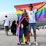 Die Fans in München protestieren gegen die Entscheidung der Uefa. (Keystone)