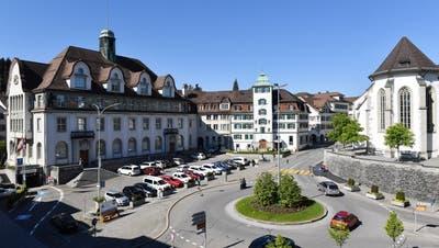 Die Tat ereignete sich im Bereich des Obstmarktes beim Regierungsgebäude. (Bild: Archiv/Toni Küng)