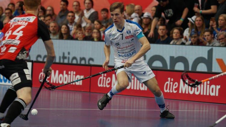GC-Verteidiger Moritz Mock (weisses Dress) will in der A-Nationalmannschaft Fuss fassen. (Michel Canonica)
