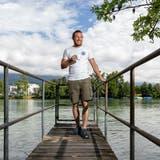 «Aareaal» Kevin Wälchli am Ufer der Aare in der Stadt Solothurn (Tom Ulrich)