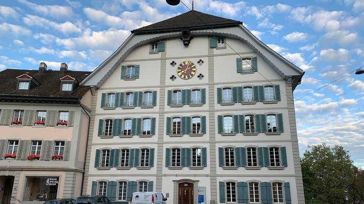 Das Hünerwadelhaus, früheres KV-Schulhaus, wird als Kita zwischengenutzt. (Ruth Steiner)