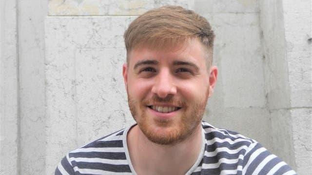 Nico Emch, 28 Detailhandelsfachmann, Solothurn:«Ich bin einfach geimpft, und habe nichts Spezifisches mit dem Zertifikat vor. Ich will einfach, dass wir alle wieder normal leben können, und dass ich mich impfen lasse, ist mein Teil, den ich dazu beitragen kann. Ob ich ein Zertifikat habe oder nicht ist mir eigentlich egal.» (Solothurner Zeitung)