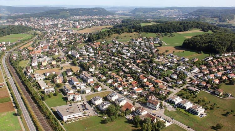 Die Einwohnerzahl von Hausen hat sich in den letzten 50 Jahren verdreifacht. Bis 2040 sollen hier lauf Kanton zirka 5200 Leute leben. (Bild: Claudia Meier (25. August 2015))