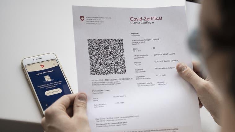 Das Covid-Zertifikat (Bild: Christian Beutler / KEY)