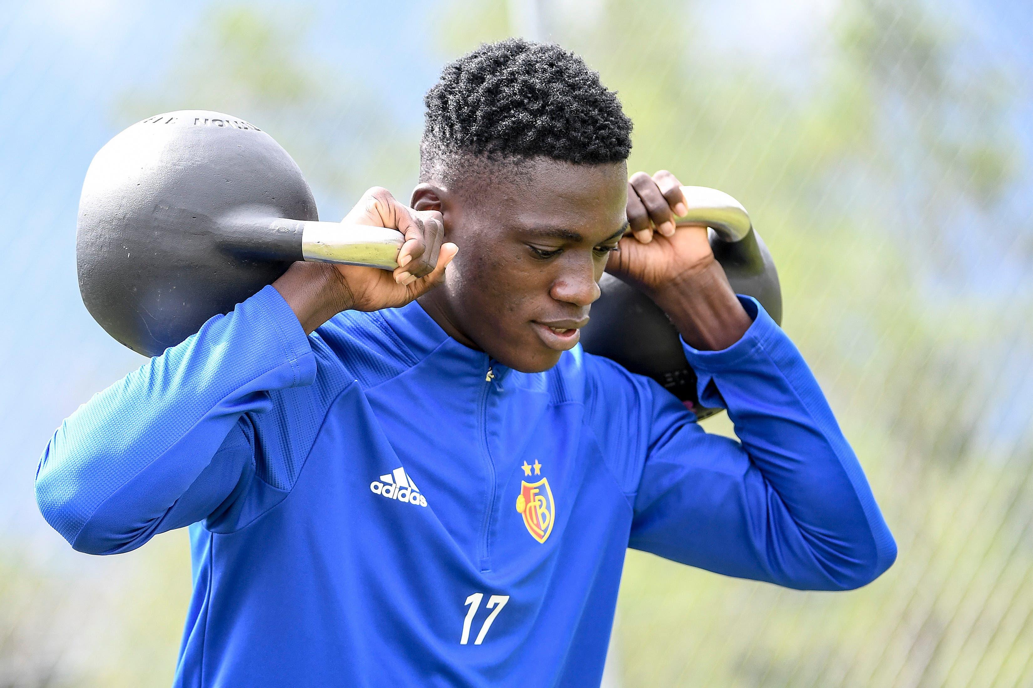 Für Neuzugang Nasser Djiga ist es das erste Trainingslager in Europa. Der 18-jährige kam aus Burkina Faso zum FCB.