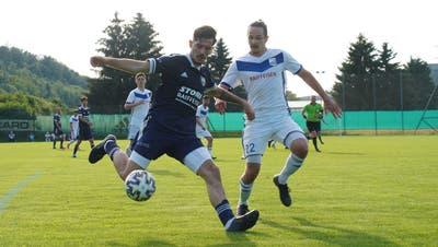 War kaum zu bremsen: Uzwils Siegtorschütze Getuart Asani(am Ball). (Bilder: Tim Frei)