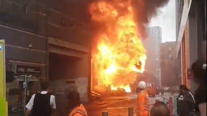Explosion in London: Feuerwehr bringt Grossbrand unter Kontrolle – mindestens ein Verletzter