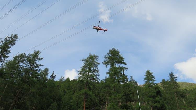 Mit der Rega wurde der 75-jährige Luxemburger bei Pontresina geborgen und ins Spital geflogen. (Kapo GR)
