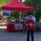 Michael Derrer würde gerne auf die Standaktionen von Scientology in Rheinfelden –wie hier am Samstag – verzichten. (zvg)
