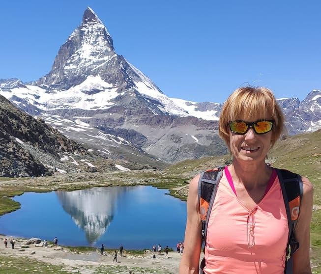 Ruth Humbel schaut das Viertelfinale in Zermatt, wo sie einen Halbmarathon bestreiten wird.