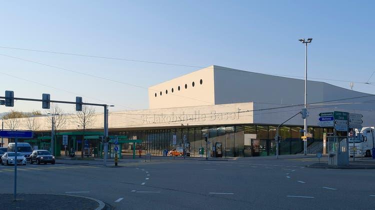 «Enormer Imageschaden»: Die Geschäftsprüfungskommission kritisiert die Verzögerungen und Mehrkosten, die bei der Sanierung der St. Jakobshalle entstanden sind. (Kenneth Nars)