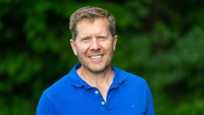 Ein Isländer im Zurzibiet:Hoss Hauksson hat in in den USA Mathematik studiert. Heute bewirtschaftet er sechs Hektaren Reben. (zvg)