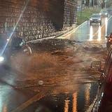 Überflutete Strassenunterführung in Aarau. (Daniel Vizentini)
