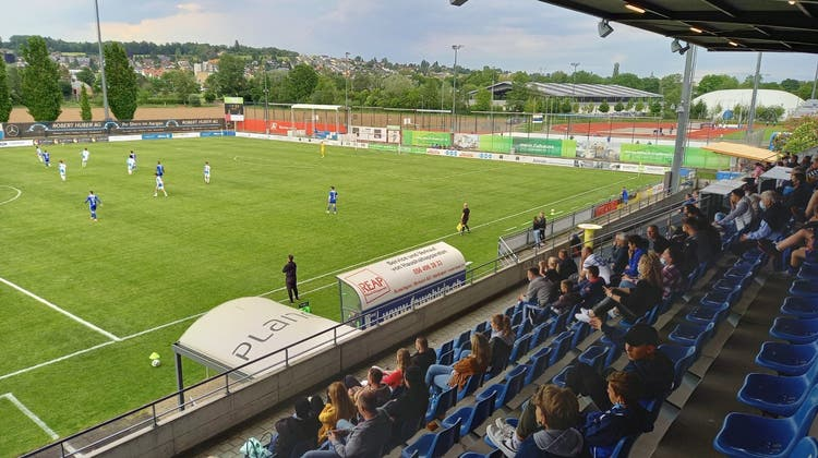 Eine besondere Atmosphäre beim Match des FC Wohlen. (Foto: AZ)