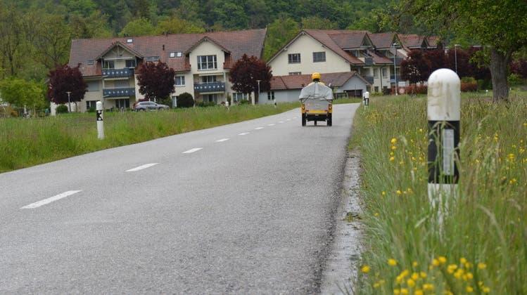 Die Buhwilerstrasse erhält im Rahmen der Sanierung einen Radweg. (Bild: Monika Wick (Schönenberg, Mai 2021))