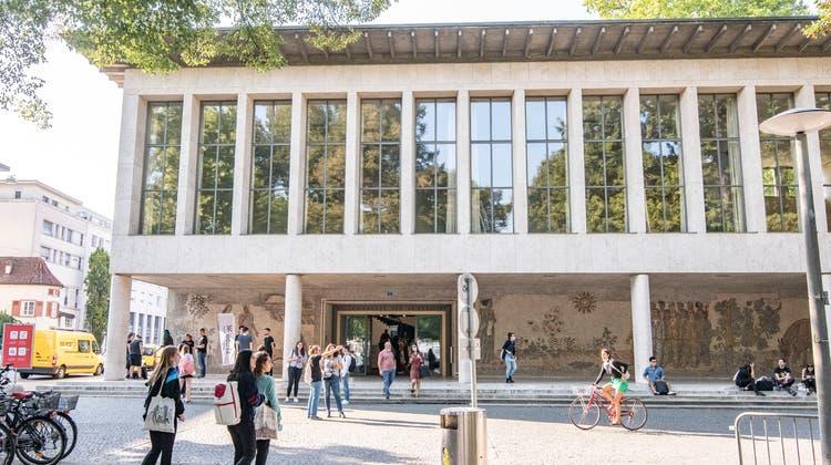 An der Uni Basel unterrichten deutlich mehr Professoren als Professorinnen. (Nicole Nars-Zimmer)