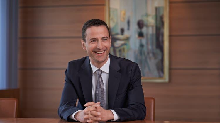 Mit Charme gegen die Reputationsprobleme: der neue Glencore-CEO Gary Nagle am Konzernhauptsitz in Baar. (Bild: PD)