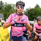 Fabio Christen füllt drei Stunden vor dem Rennen mit einem Teller Pasta noch einmal seine Kraftreserven auf. (Alexander Wagner)
