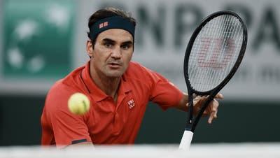 Nach hartem Kampf steht Roger Federer in den Achtelfinals der French Open. (Thibault Camus / AP)