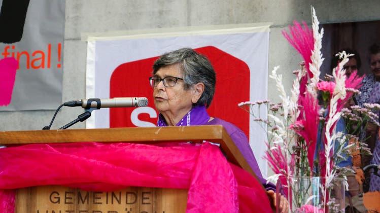 Als Rednerin trat in Unterbäch unter anderem Alt Bundesrätin Ruth Dreifuss auf. (HO/SP Schweiz)