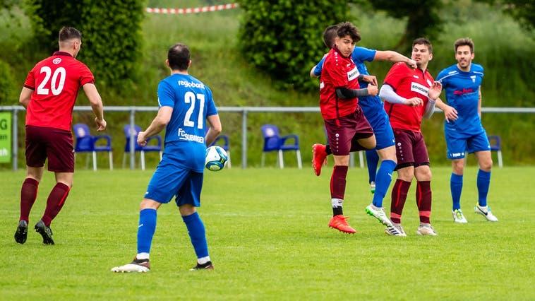 Der FC Subingen bekundete im letzten Heimspiel der Saison keine Mühe gegen Oensingen. (Michel Lüthi)