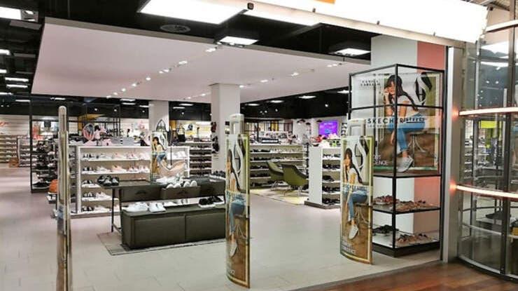 Die Fililae von Vögele Shoes im Shoppi Tivoli in Spreitenbach. (Archiv) (Bild: zvg)