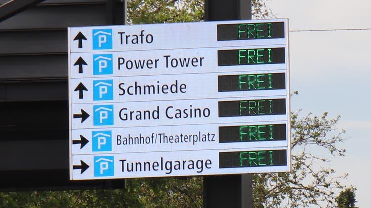 Trafo, Schmiede oder Tunnelgarage: Welches Parkhaus am günstigsten ist, hängt nicht nur vom Standort, sondern auch von der Parkdauer ab. (Bild: Rahel Künzler)