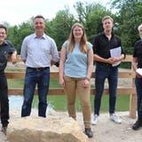 Von links: Johannes Jenny (Pro Natura Aargau), Reto Wettstein (Stadtrat), Livia Stebler (Projektleiterin Umwelt und Energie), David Steinmann (Steinmann Ingenieure und Planer AG) und Jürg Dietiker (Verkehrs- und Raumplaner). (Bild: Maja Reznicek)