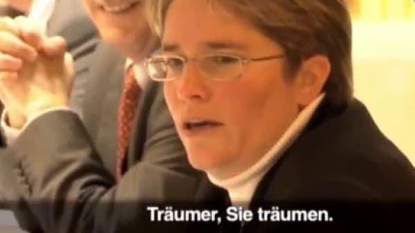 Christoph Blocher (r.) und sein Bruder Gerhard Blocher (2016 verstorben) im Dokumentarfilmvon Roland Huber. (Bild: Screenshot SRF)