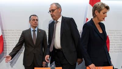 Die Bundesräte Ignazio Cassis, Guy Parmelin und Karin Keller-Sutter. Ist von diesen drei Personen eine Schuld am Scheitern des EU-Abkommens? (Keystone)
