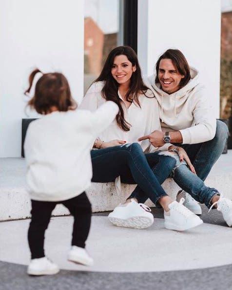 Yann Sommer mit Tochter Mila (1).