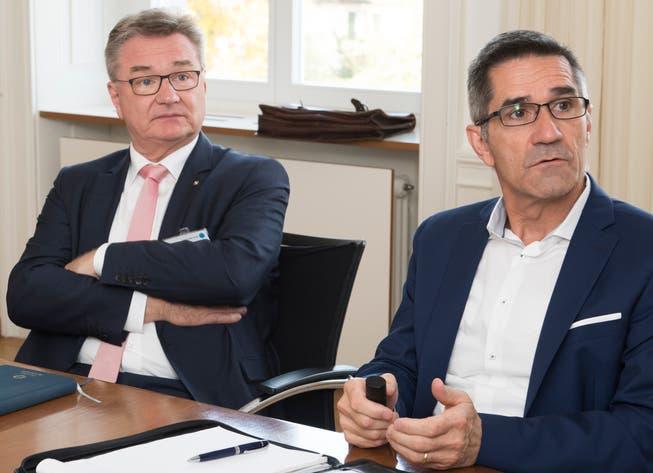 Robert Rhiner (links), seit Dezember 2014 CEO des Kantonsspitals Aarau, muss seinen Posten räumen ‒ interimistisch übernimmt Sergio Baumann (rechts), bisher Leiter Betrieb und Verantwortlicher für den Neubau.