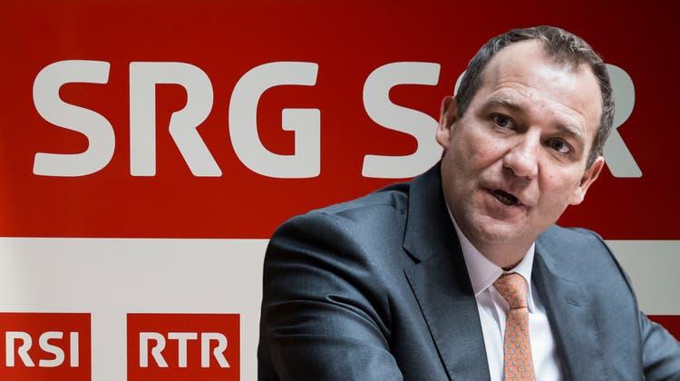 Der Zürcher SVP-Nationalrat Thomas Matter hat die Initiative zur Senkung der SRG-Gebühren angekündigt. (Keystone /Montage_CH Media)