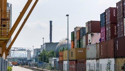Der geplante neue Hafenbahnhof soll bei der Ara entstehen. (Kenneth Nars)